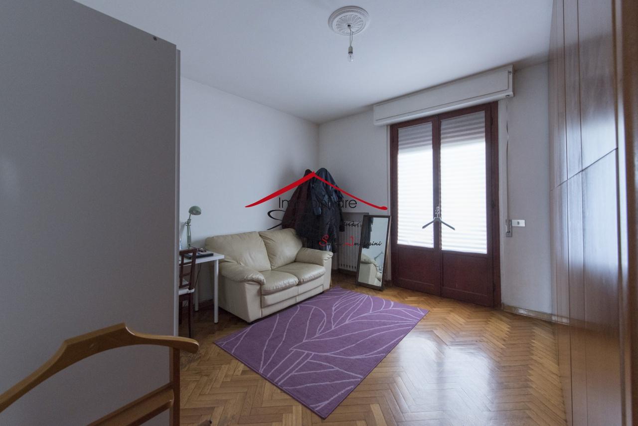Appartamento in buone condizioni in vendita Rif. 10094464