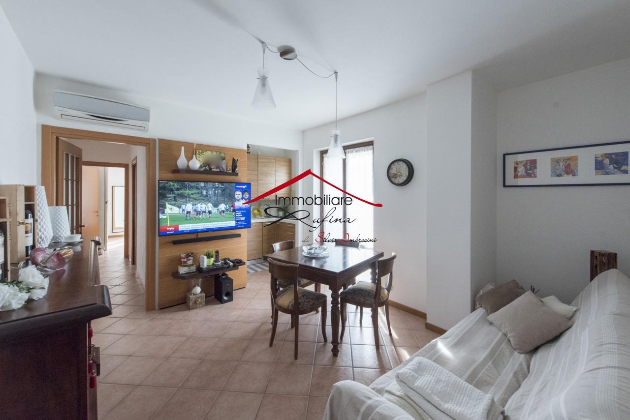 Appartamento in ottime condizioni in vendita Rif. 10094466