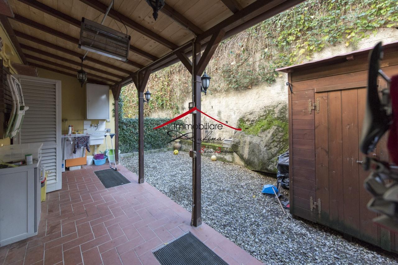Appartamento in ottime condizioni in vendita Rif. 10094470