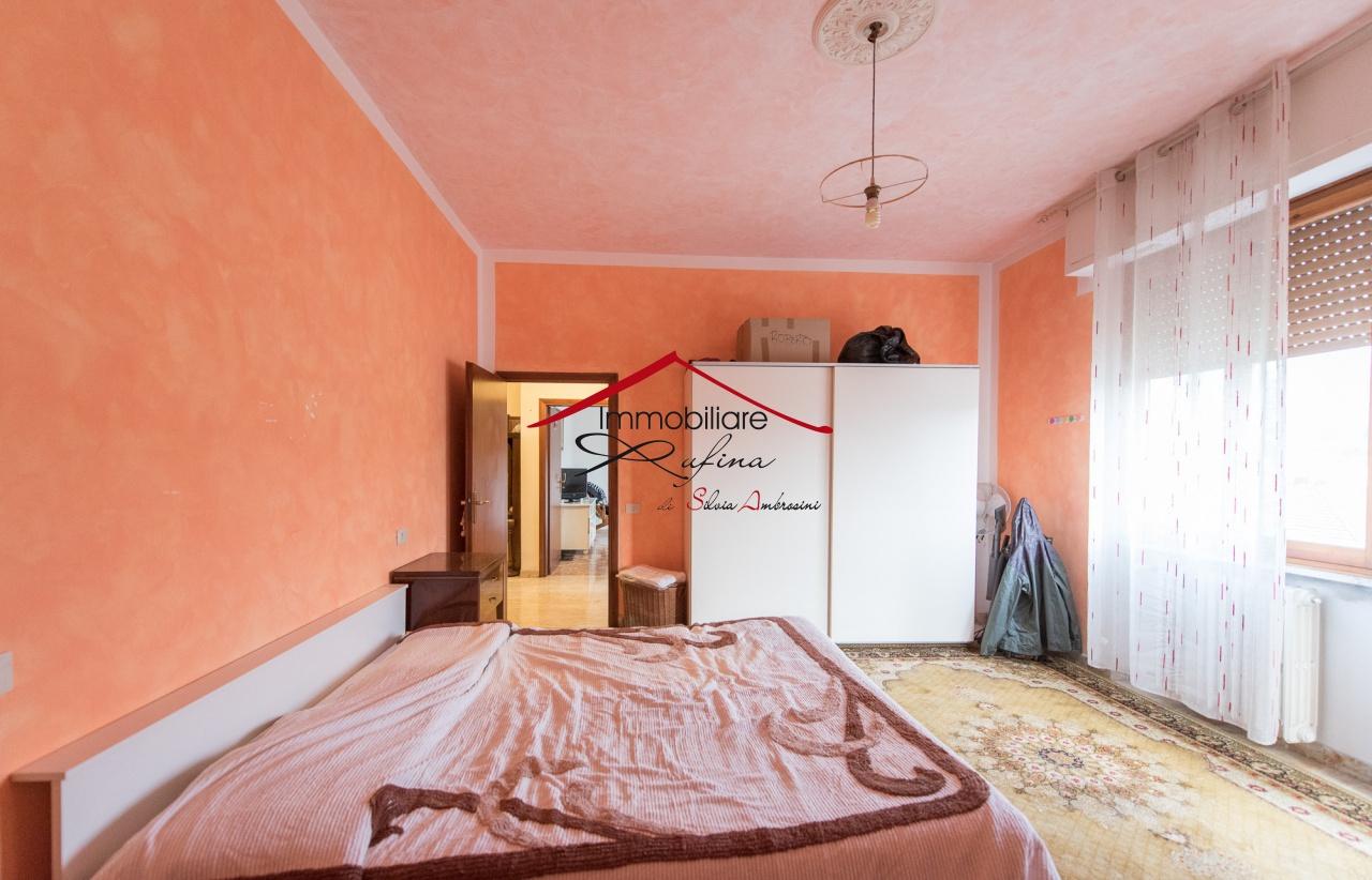 Appartamento in buone condizioni in vendita Rif. 10094479