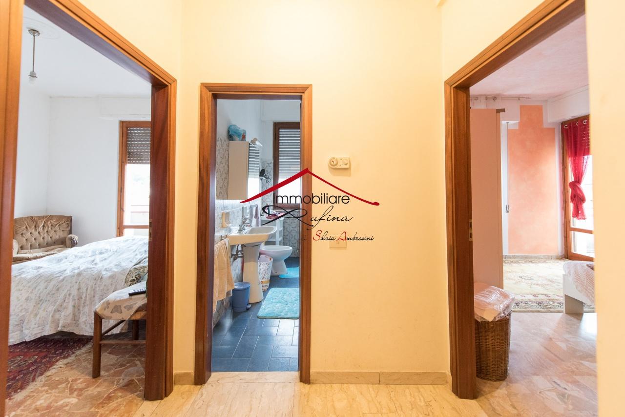 Appartamento in buone condizioni in vendita Rif. 10536521