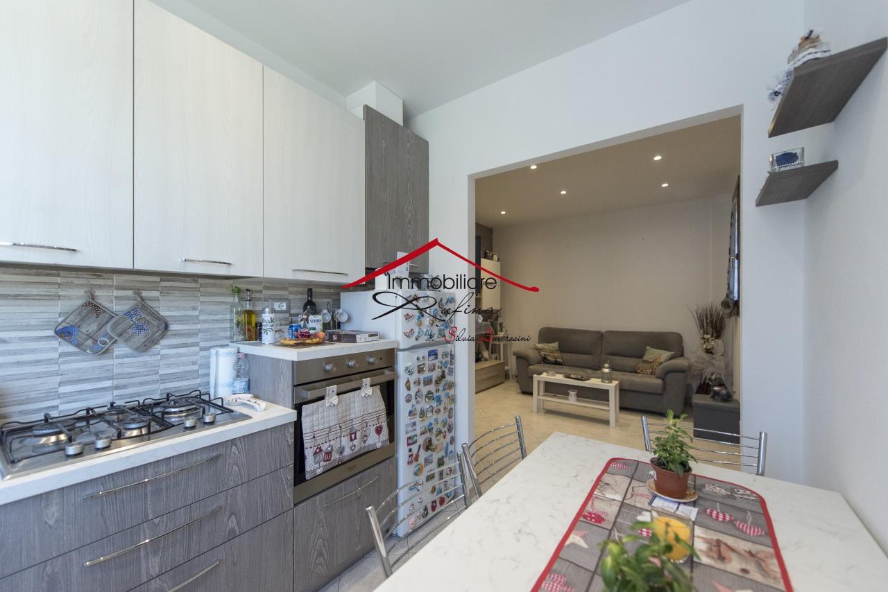 Appartamento in ottime condizioni in vendita Rif. 10630258