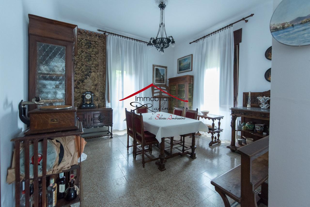 Villa da ristrutturare in vendita Rif. 10877164