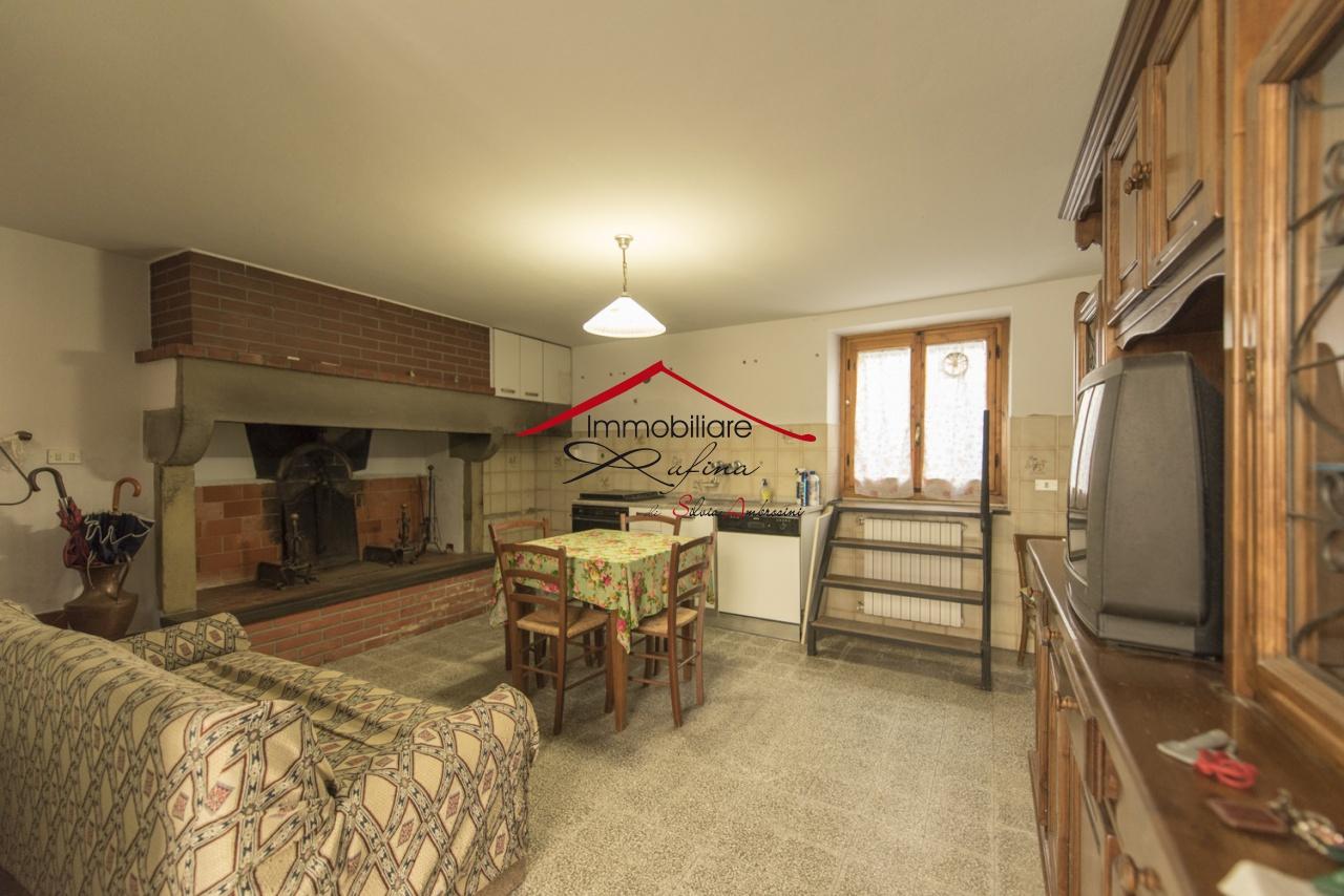Casa Indipendente in buone condizioni in vendita Rif. 10877166