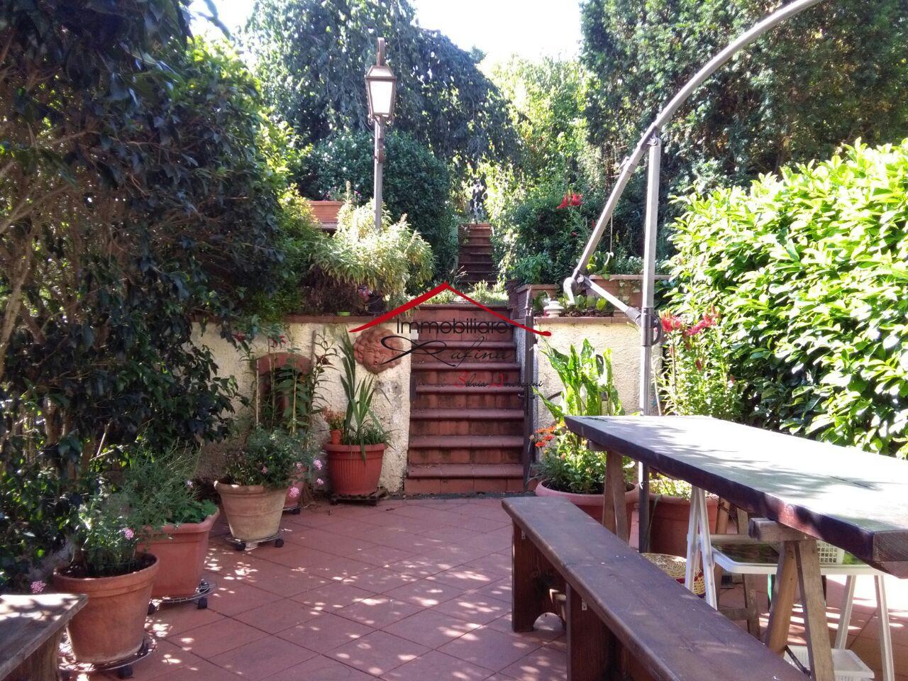 Casa Indipendente in buone condizioni in vendita Rif. 10993145