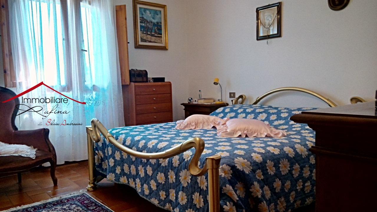Appartamento in buone condizioni in vendita Rif. 10993146