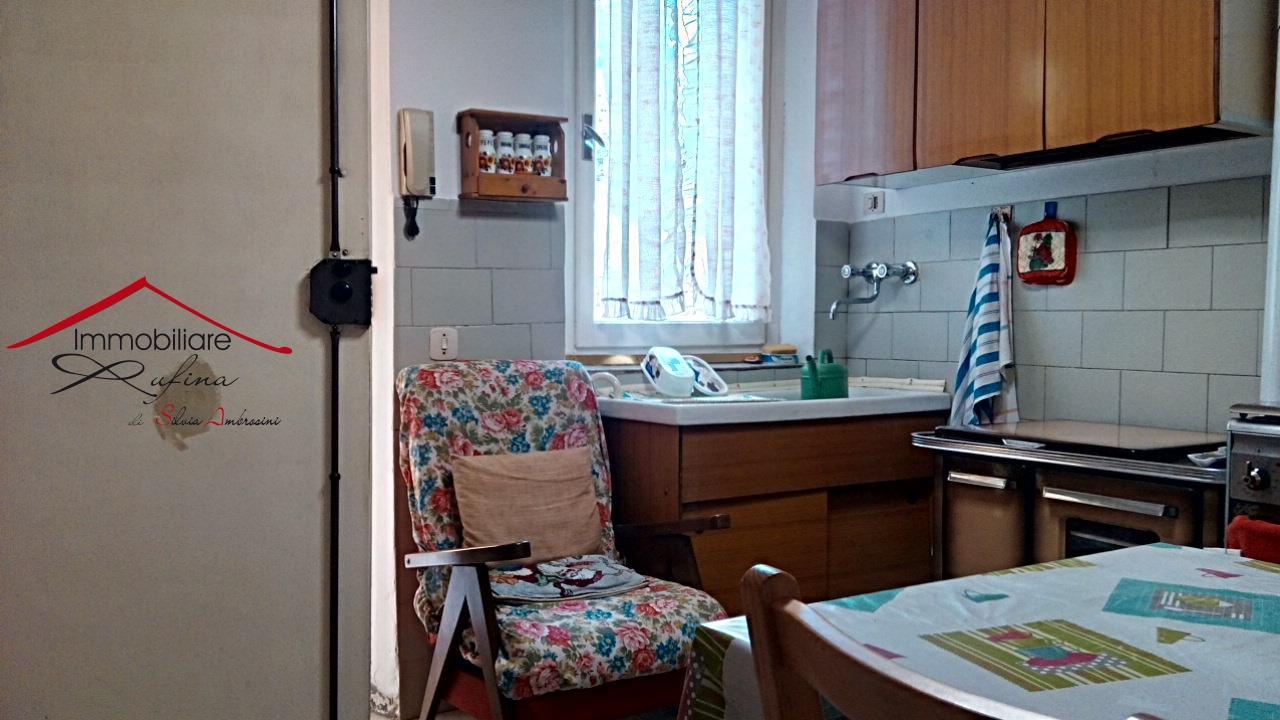 Appartamento da ristrutturare in vendita Rif. 10993147