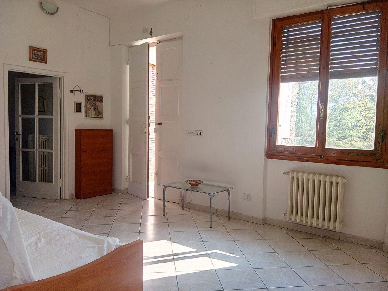 Appartamento in buone condizioni in vendita Rif. 11202730