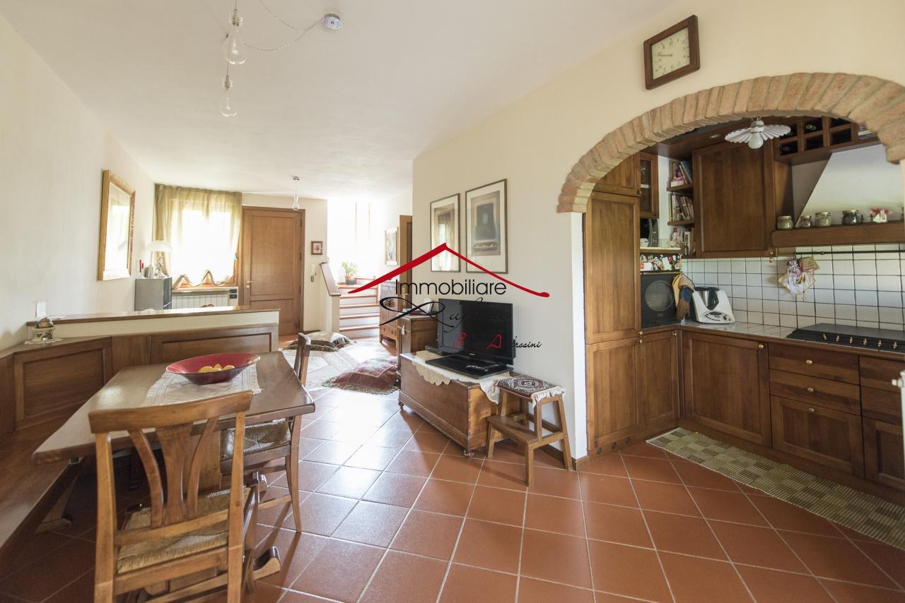Casa Indipendente in ottime condizioni in vendita Rif. 11287610