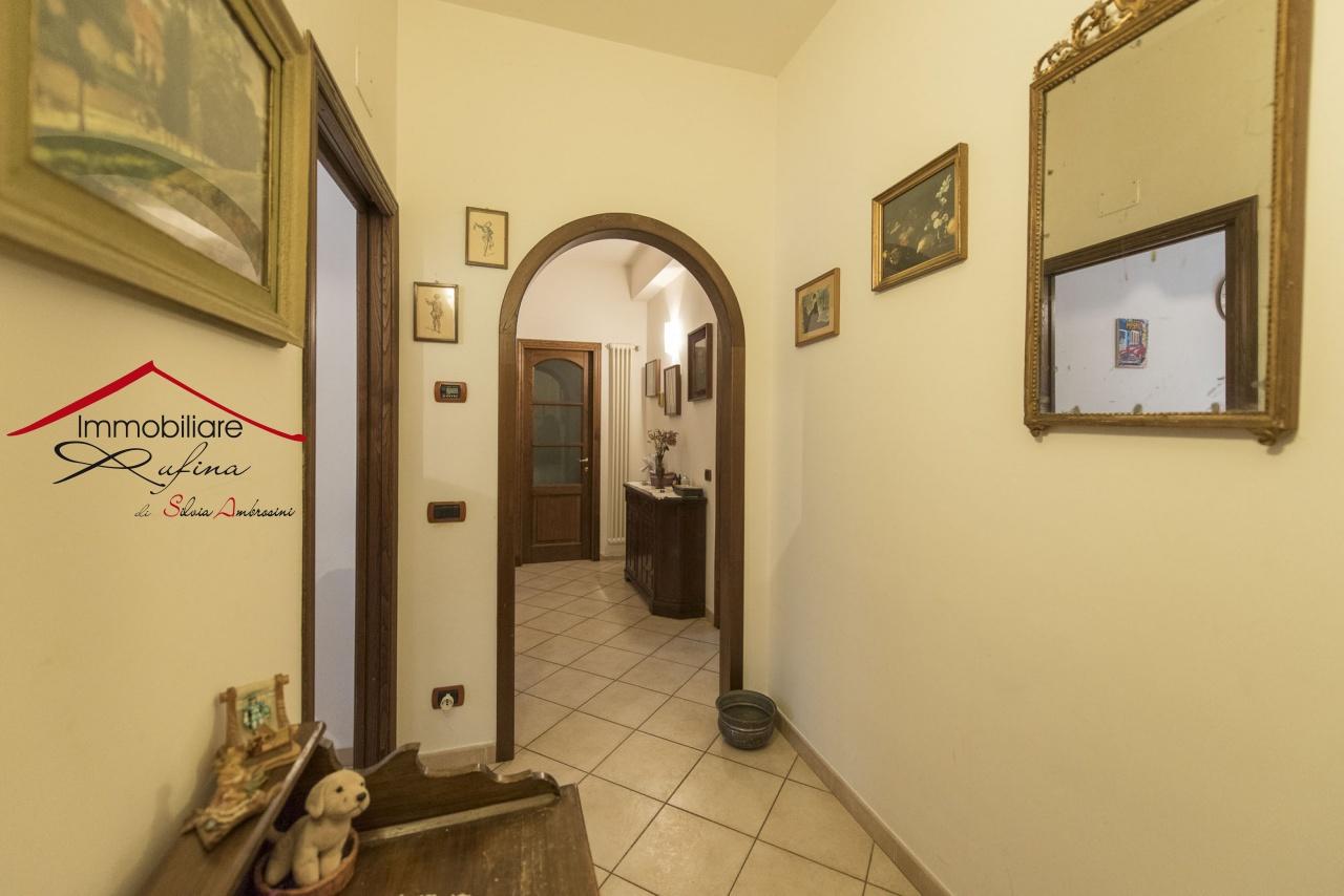 Appartamento in ottime condizioni in vendita Rif. 11672911