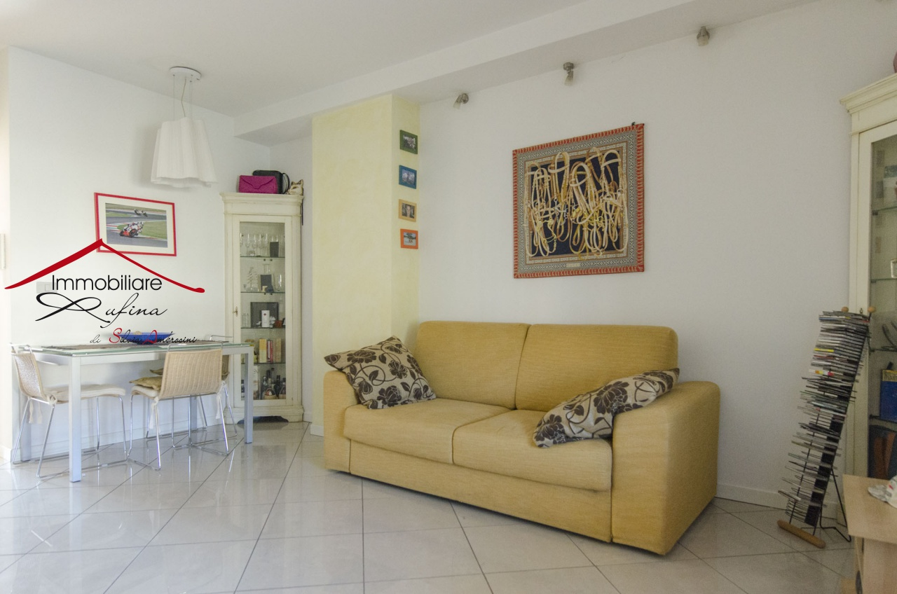 Appartamento in ottime condizioni in vendita Rif. 11904278
