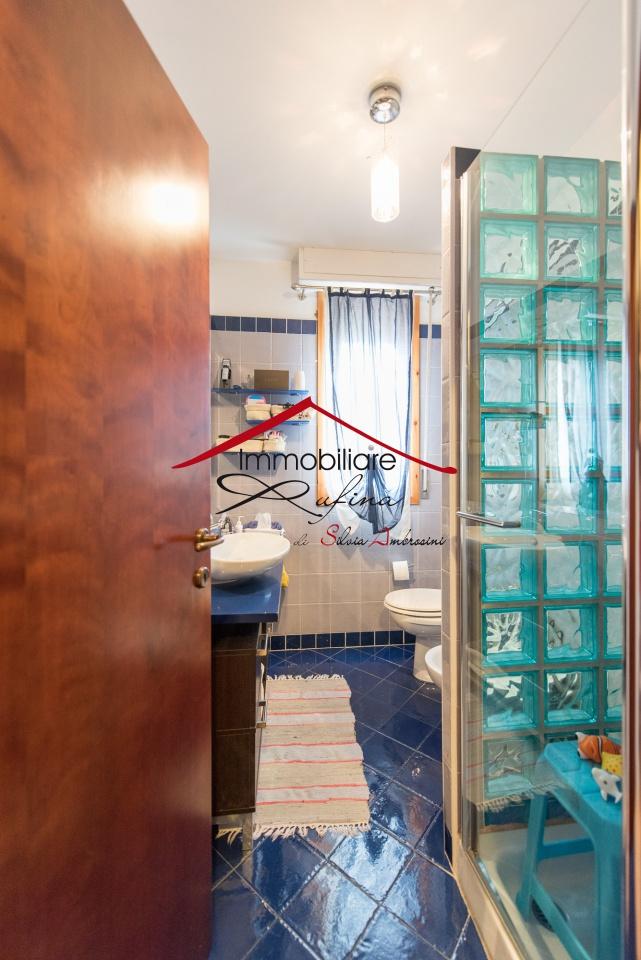 Appartamento in ottime condizioni arredato in vendita Rif. 11904281