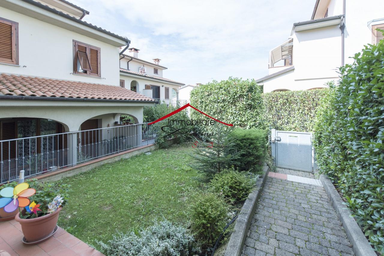 Appartamento in ottime condizioni in vendita Rif. 11904291
