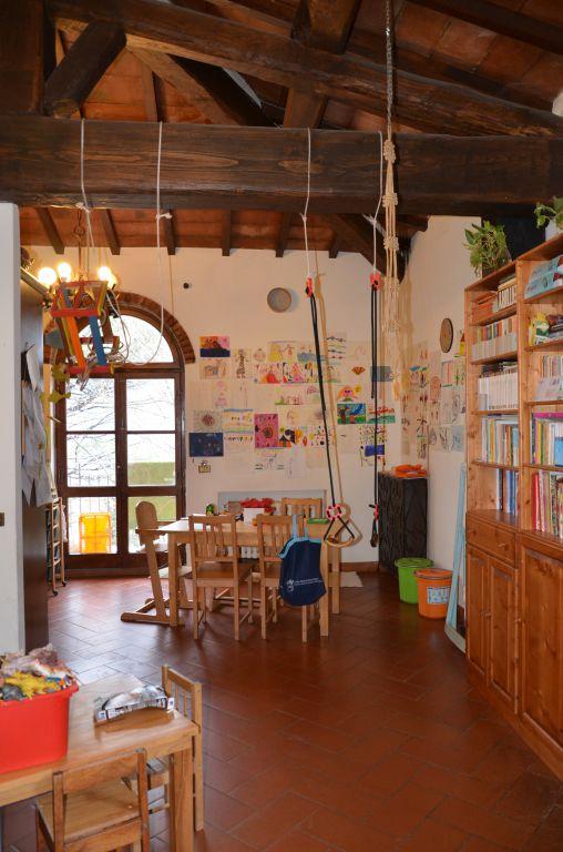 Appartamento in vendita a Rufina, 4 locali, prezzo € 180.000 | PortaleAgenzieImmobiliari.it