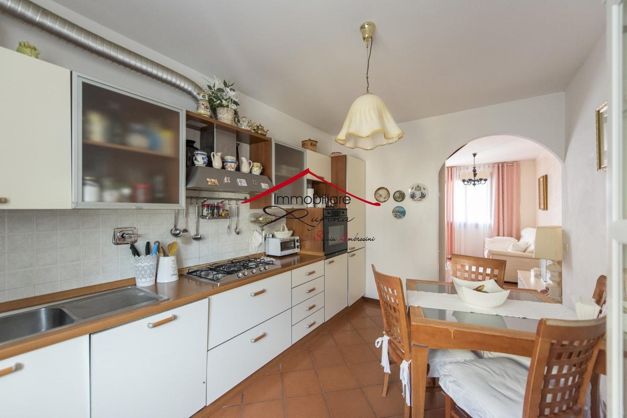 Appartamento in vendita a Rufina, 4 locali, prezzo € 134.000 | PortaleAgenzieImmobiliari.it