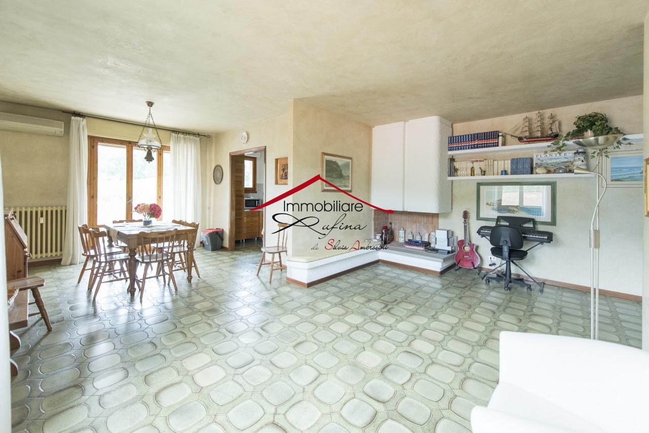 Appartamento in vendita a Rufina, 5 locali, prezzo € 219.000 | PortaleAgenzieImmobiliari.it