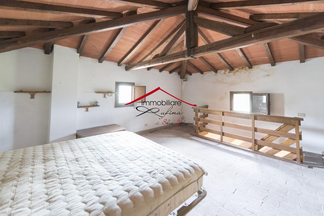 Appartamento in vendita a Rufina, 5 locali, prezzo € 103.000 | PortaleAgenzieImmobiliari.it