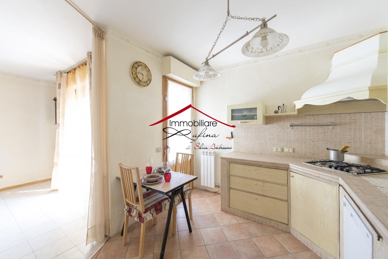Appartamento in vendita a Rufina, 4 locali, prezzo € 149.000 | PortaleAgenzieImmobiliari.it