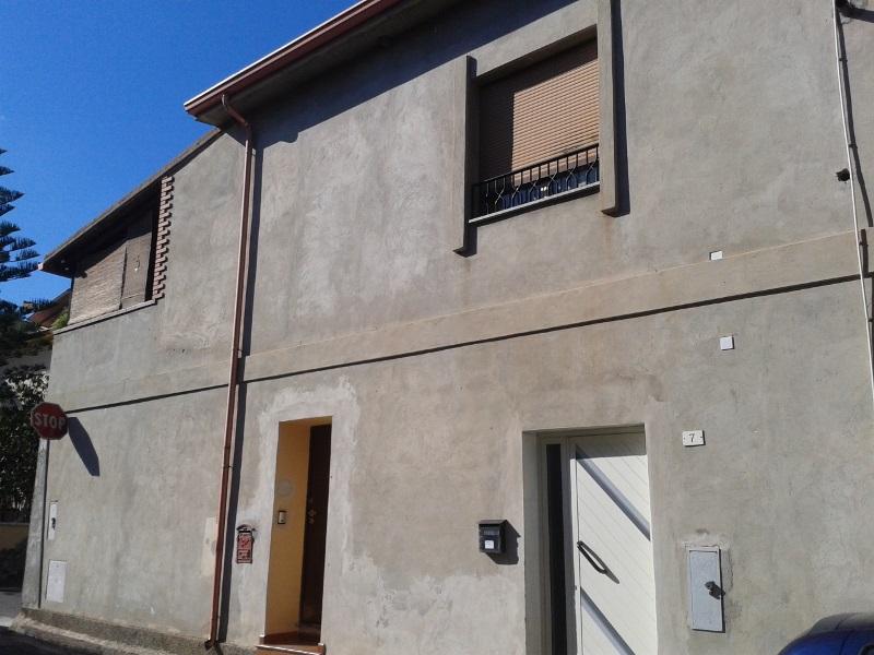Soluzione Semindipendente in vendita a Capoterra, 4 locali, prezzo € 95.000   Cambio Casa.it