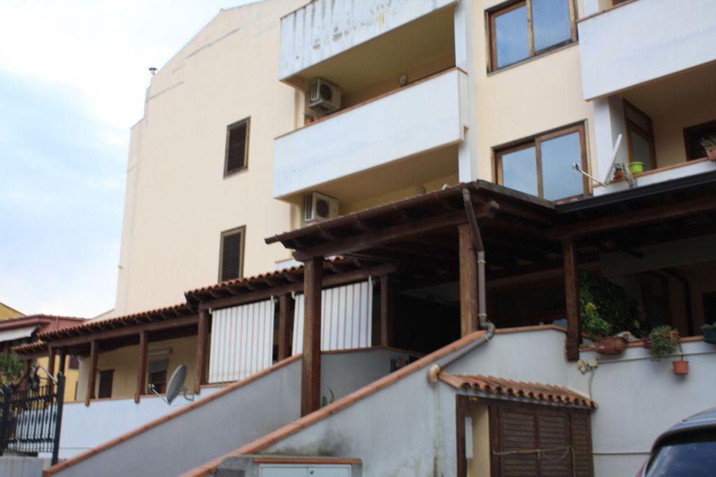 Appartamento in vendita a Capoterra, 3 locali, prezzo € 90.000 | Cambio Casa.it