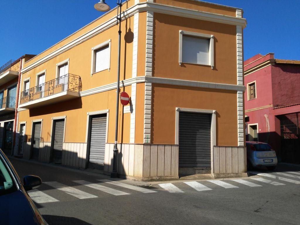 Negozio / Locale in affitto a Capoterra, 9999 locali, Trattative riservate | Cambio Casa.it