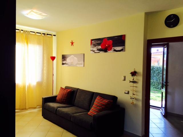 Villa a Schiera in affitto a Capoterra, 5 locali, zona Località: RIO SAN GOROLAMO, prezzo € 600 | Cambio Casa.it
