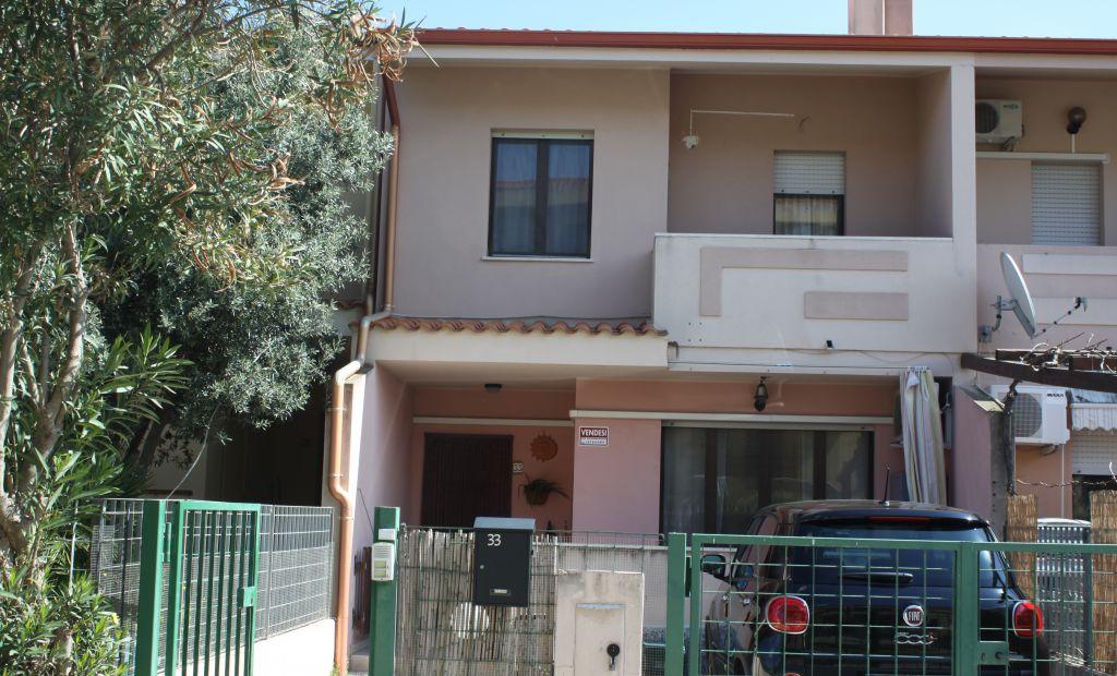Soluzione Indipendente in vendita a Capoterra, 4 locali, prezzo € 146.000 | Cambio Casa.it