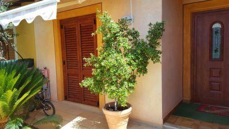 Villa in vendita a Capoterra, 5 locali, Trattative riservate | CambioCasa.it