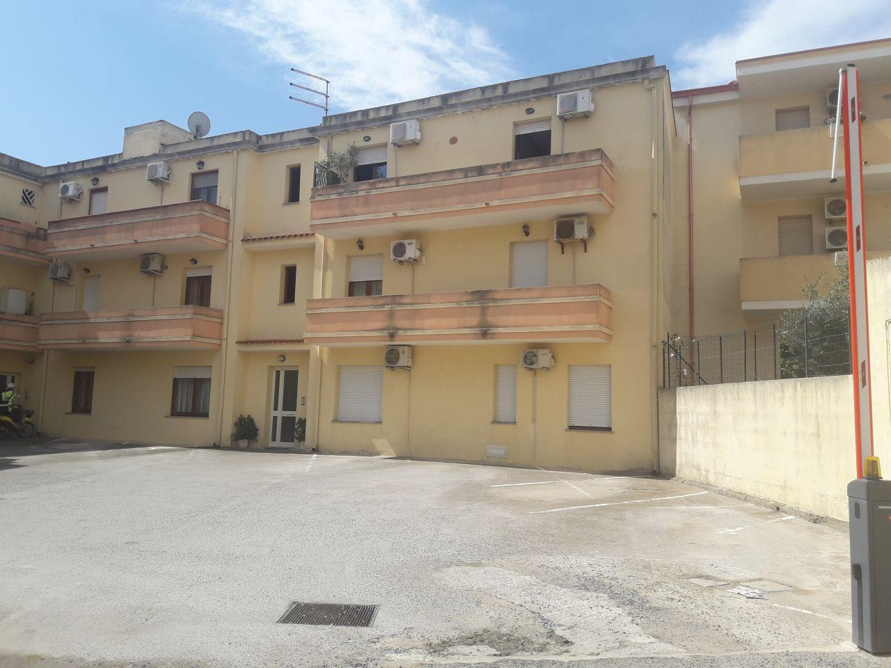 Appartamento in vendita a Capoterra, 5 locali, Trattative riservate | CambioCasa.it