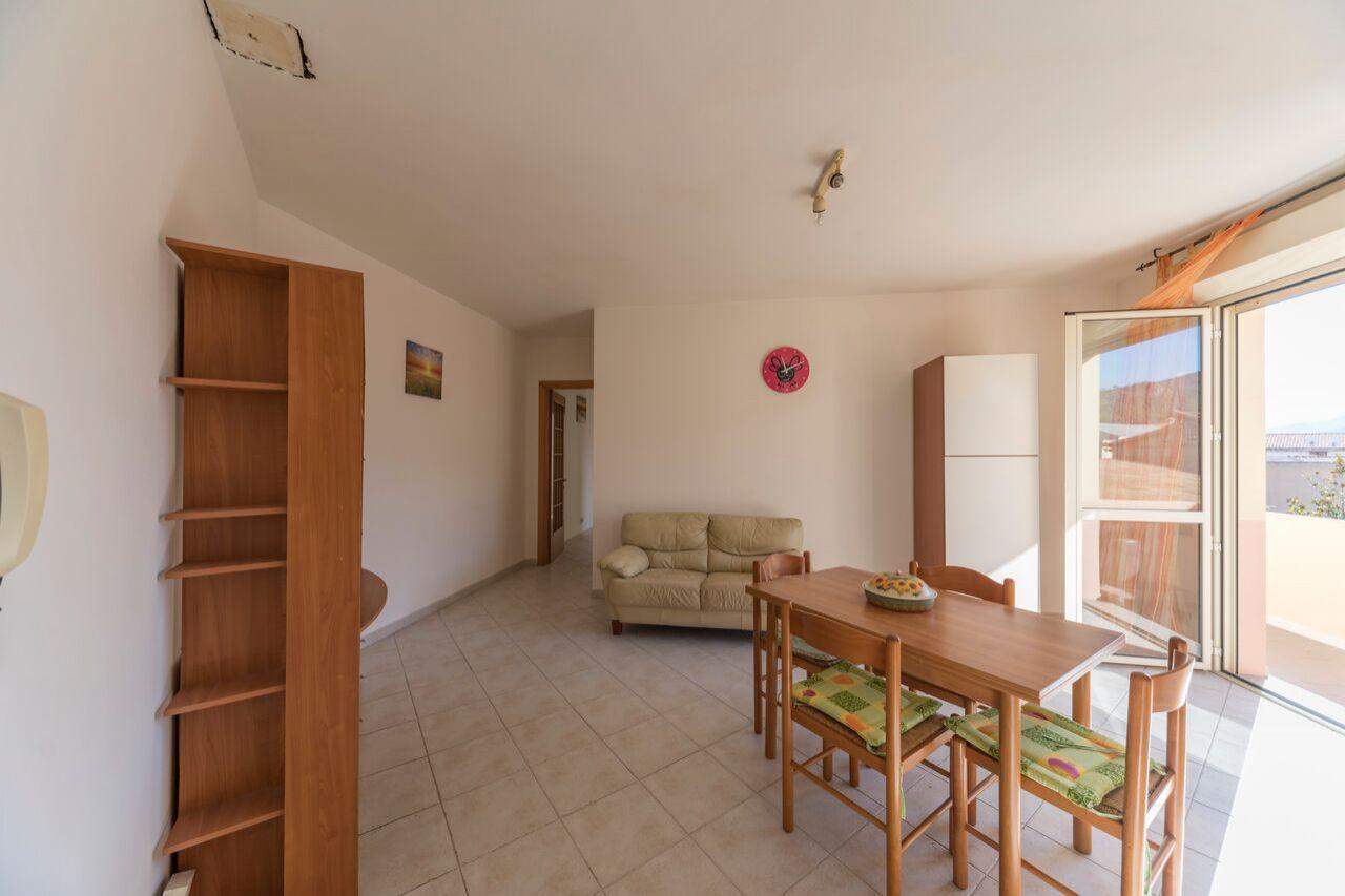 Appartamento in vendita a Capoterra, 3 locali, prezzo € 69.000 | CambioCasa.it