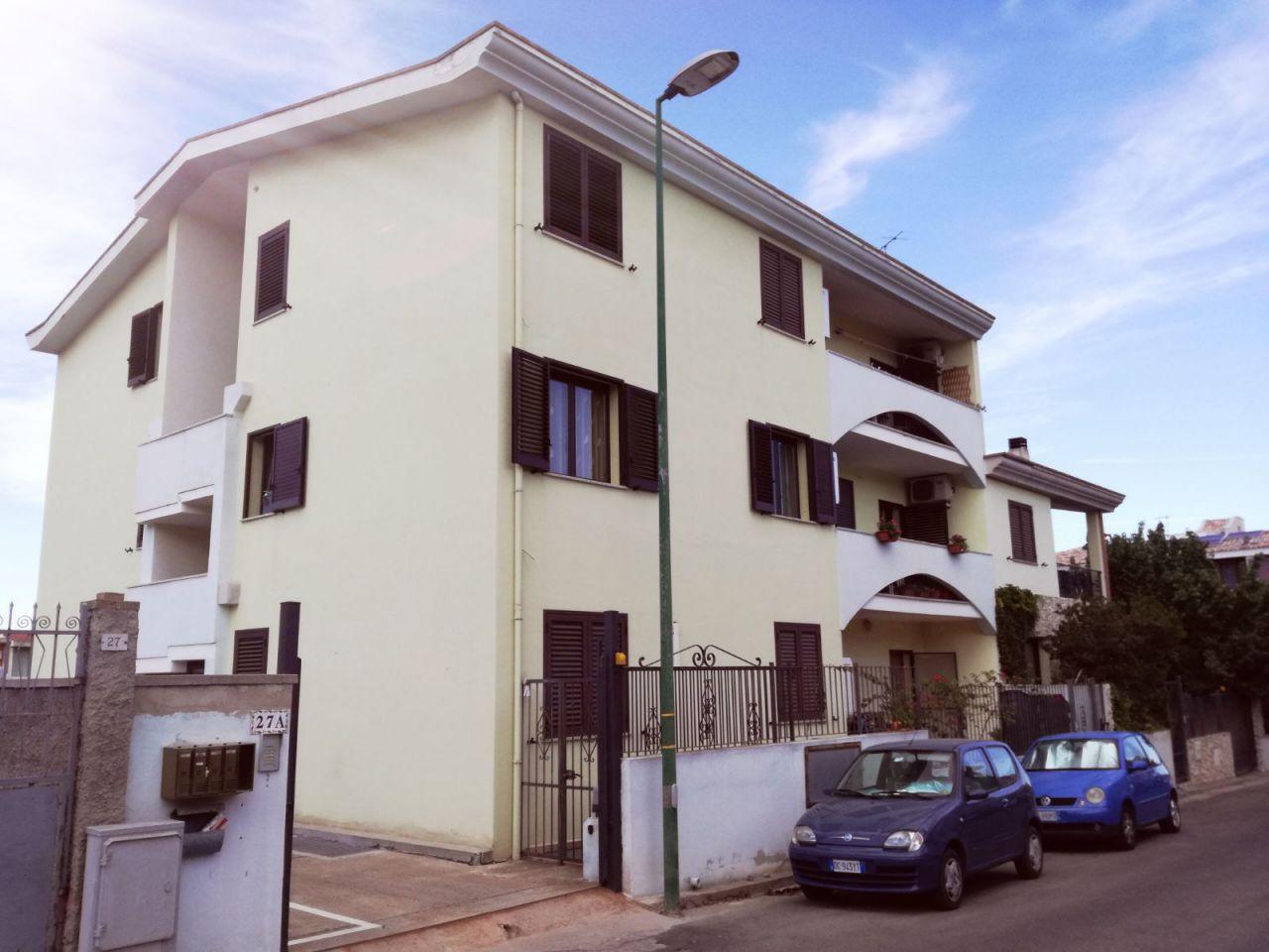 Appartamento in vendita a Capoterra, 3 locali, prezzo € 90.000   CambioCasa.it