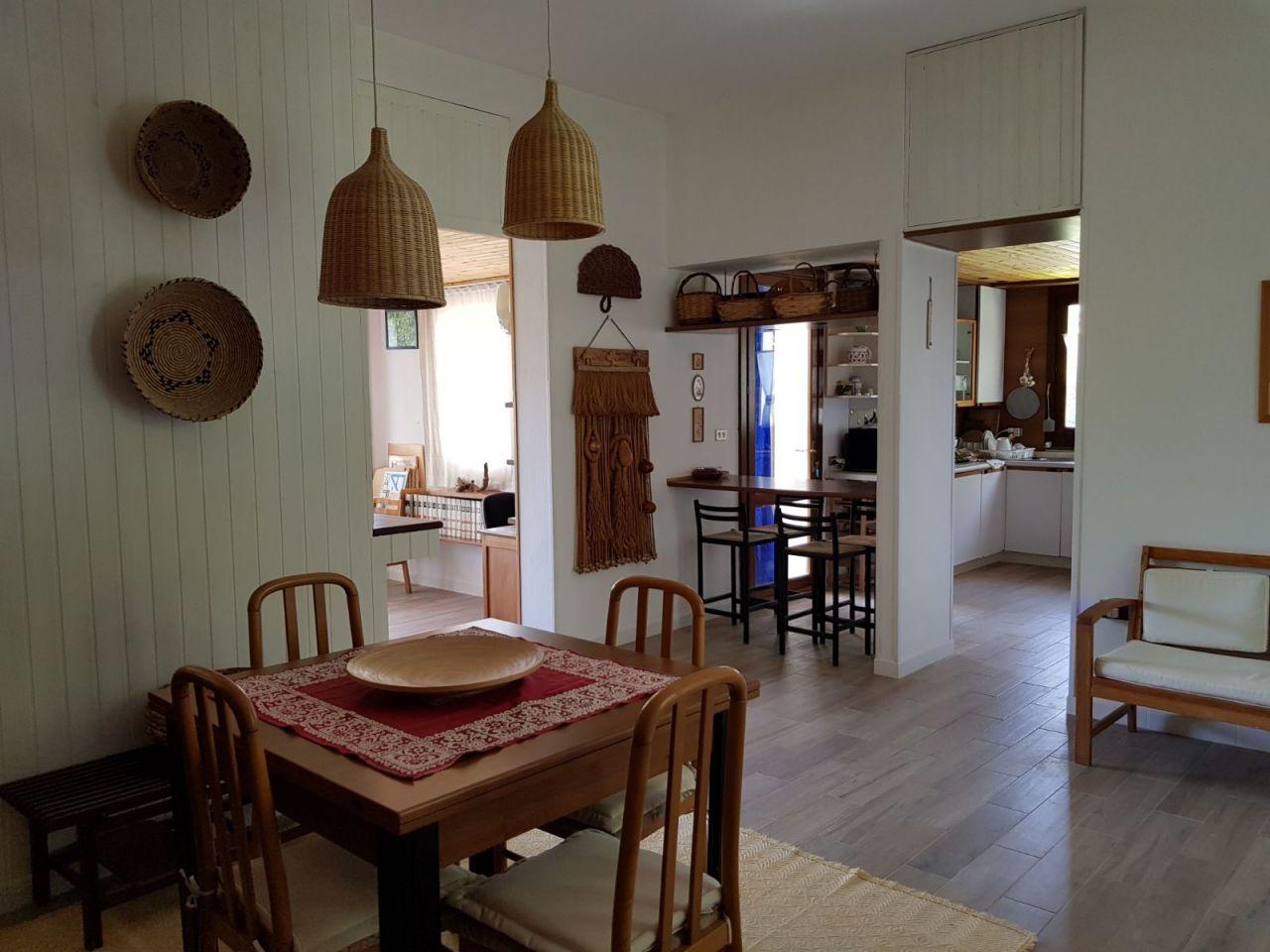 Soluzione Indipendente in affitto a Capoterra, 5 locali, prezzo € 850 | CambioCasa.it