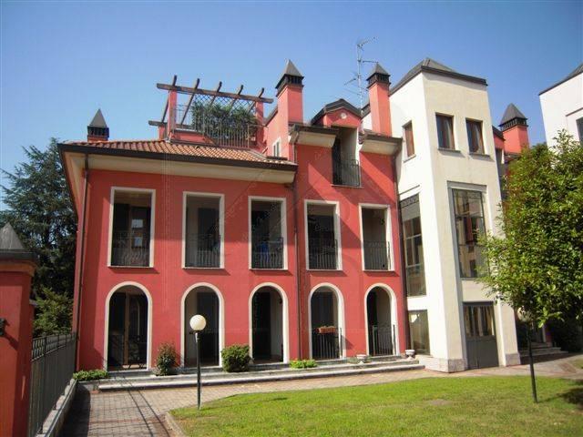 Attico / Mansarda in vendita a Vaprio d'Adda, 4 locali, zona Località: VAPRIO D'ADDA, prezzo € 210.000 | Cambio Casa.it