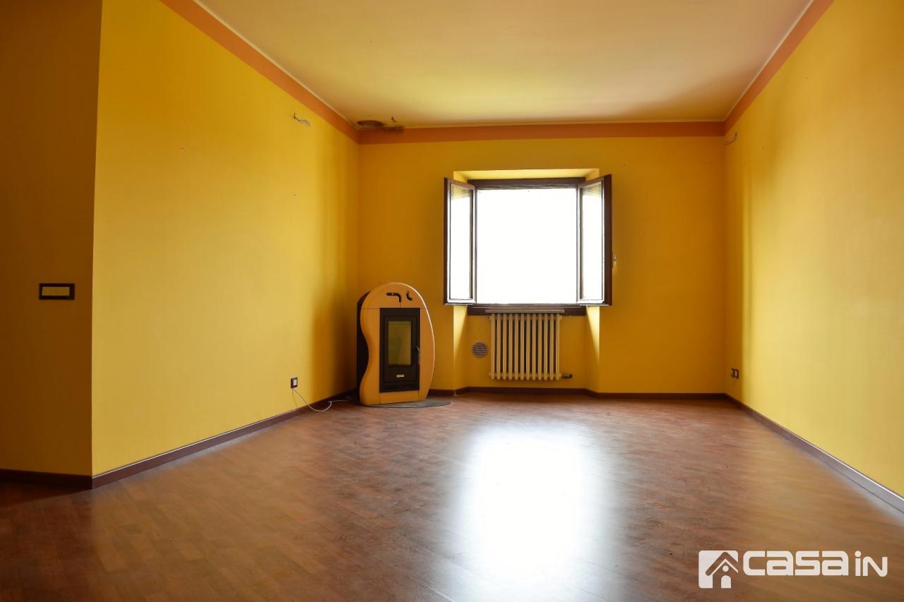 Appartamento in vendita a Bottanuco, 4 locali, prezzo € 96.000 | CambioCasa.it