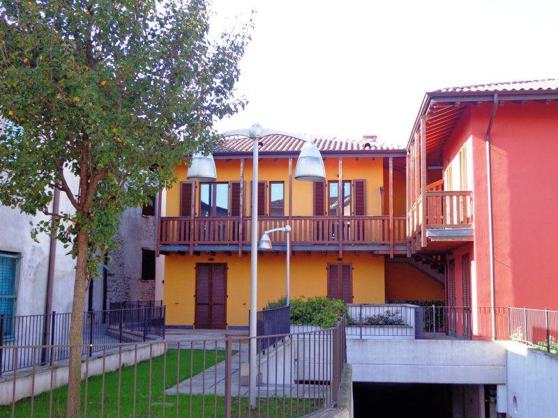 Appartamento in vendita a Bottanuco, 2 locali, prezzo € 69.000 | Cambio Casa.it