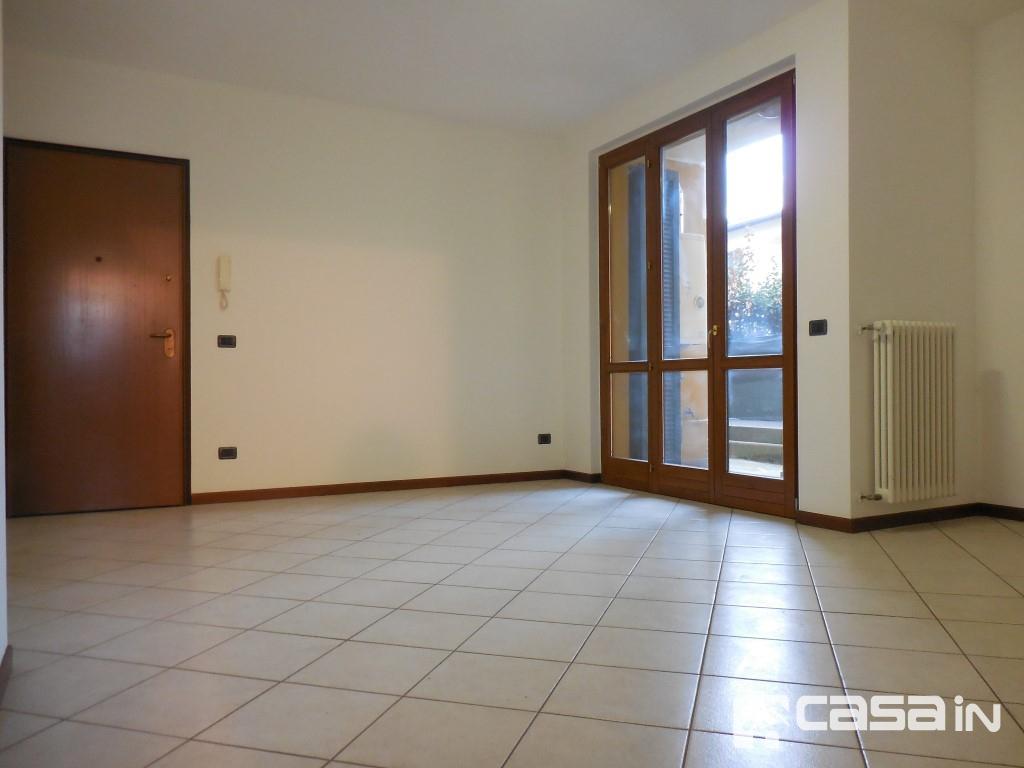 Appartamento in vendita a Capriate San Gervasio, 3 locali, prezzo € 150.000 | CambioCasa.it