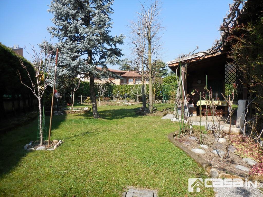Appartamento in ottime condizioni in vendita Rif. 5791222