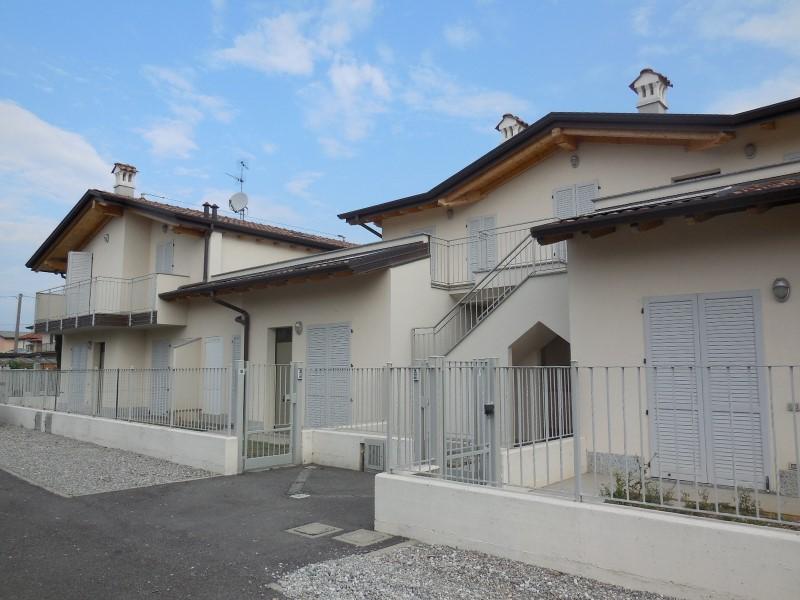 Appartamento in vendita a Osio Sotto, 3 locali, prezzo € 240.000 | Cambio Casa.it