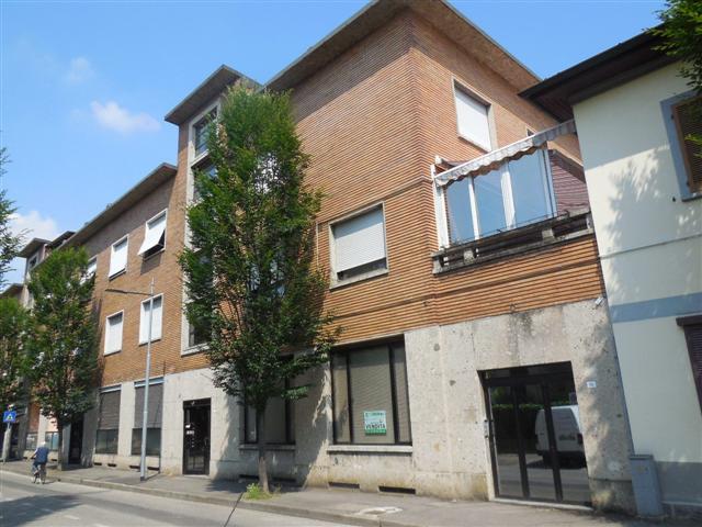 Negozio / Locale in vendita a Vaprio d'Adda, 3 locali, zona Località: VAPRIO D'ADDA, prezzo € 120.000 | Cambio Casa.it