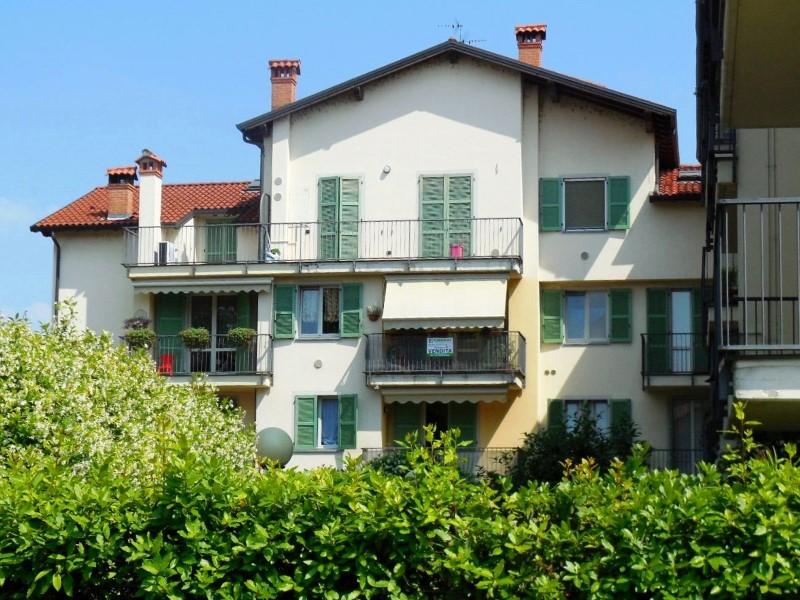 Appartamento in vendita a Vaprio d'Adda, 4 locali, zona Località: VAPRIO D'ADDA, prezzo € 134.000 | Cambio Casa.it
