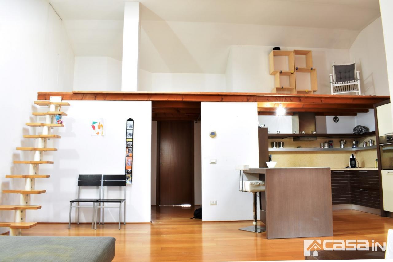 Appartamento in ottime condizioni in vendita Rif. 6287470