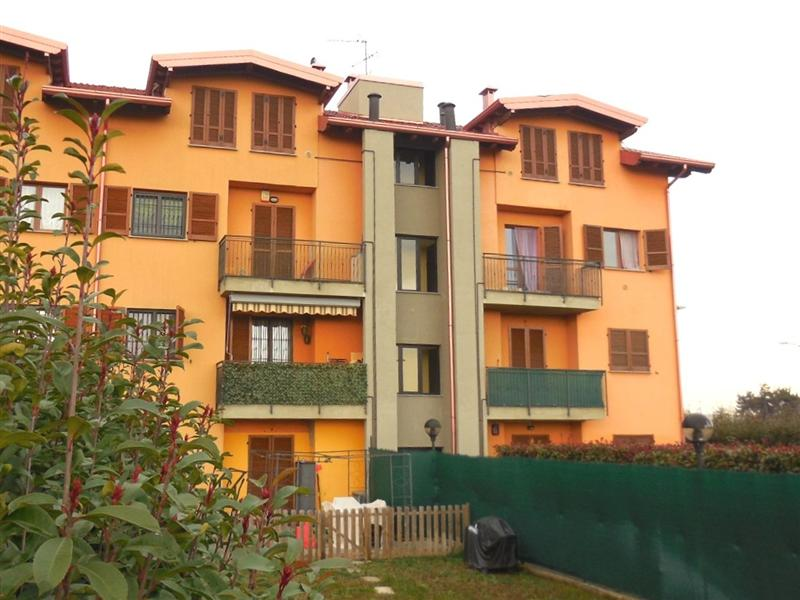 Appartamento in vendita a Pozzo d'Adda, 3 locali, zona Località: POZZO D'ADDA, prezzo € 155.000   Cambio Casa.it