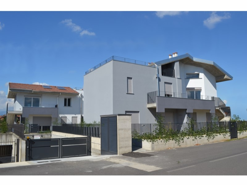 Soluzione Indipendente in vendita a Brembate, 4 locali, prezzo € 260.000 | Cambio Casa.it