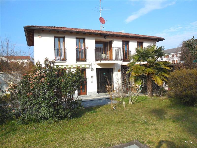 Villa in vendita a Pozzo d'Adda, 4 locali, prezzo € 309.000 | Cambio Casa.it