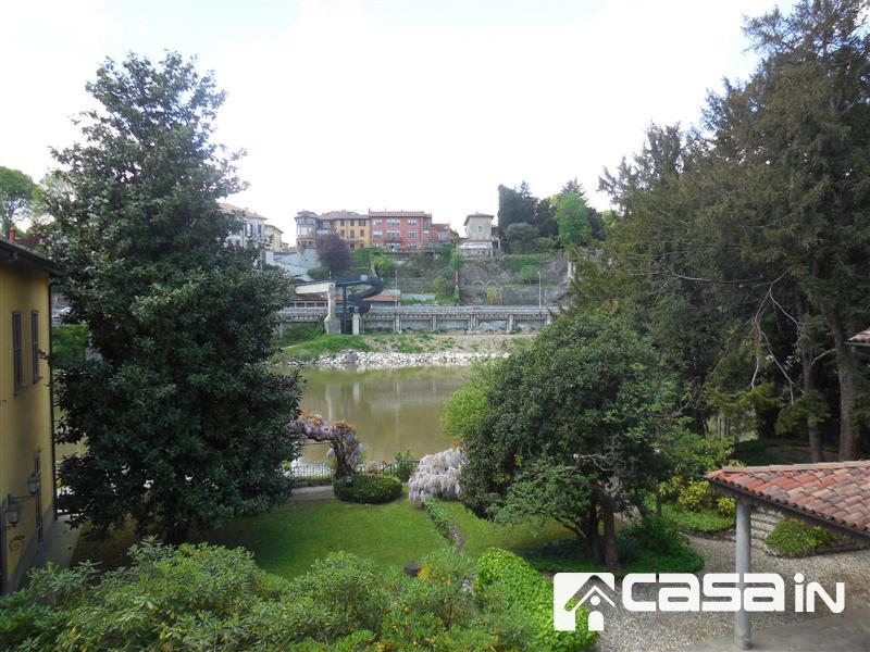 Appartamento in vendita a Canonica d'Adda, 3 locali, zona Località: CANONICA D'ADDA, prezzo € 55.000 | Cambio Casa.it