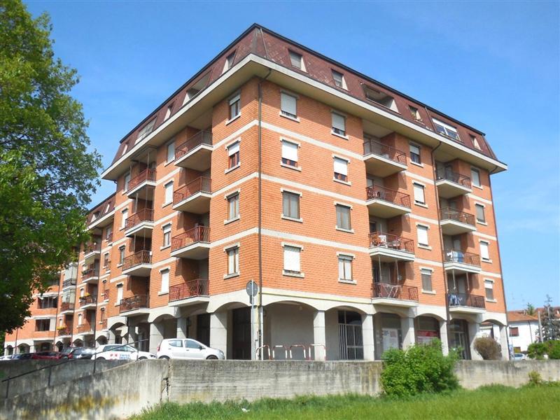 Appartamento in vendita a Canonica d'Adda, 3 locali, zona Località: CANONICA D'ADDA, prezzo € 85.000 | Cambio Casa.it