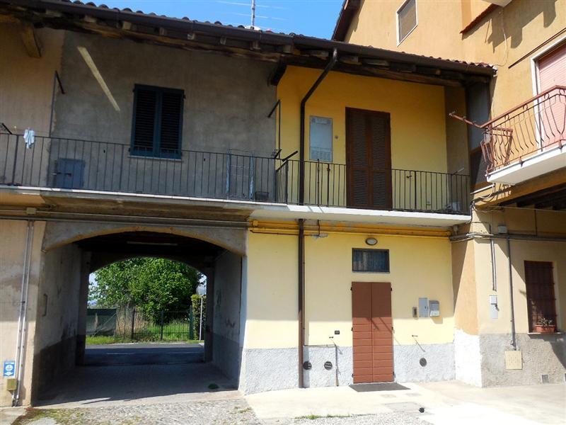 Soluzione Indipendente in vendita a Vaprio d'Adda, 2 locali, zona Località: VAPRIO D'ADDA, prezzo € 73.000 | Cambio Casa.it
