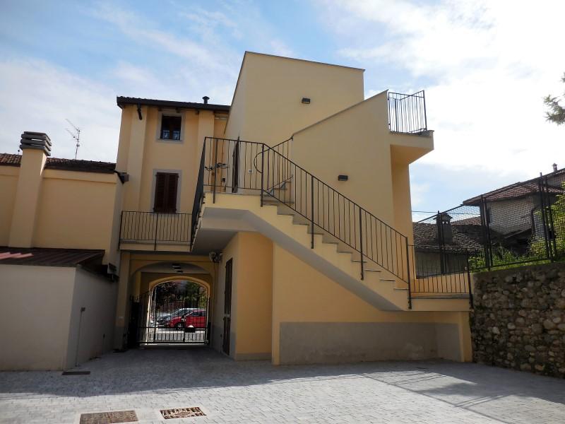 Bilocale Medolago Piazza Marcoli 3