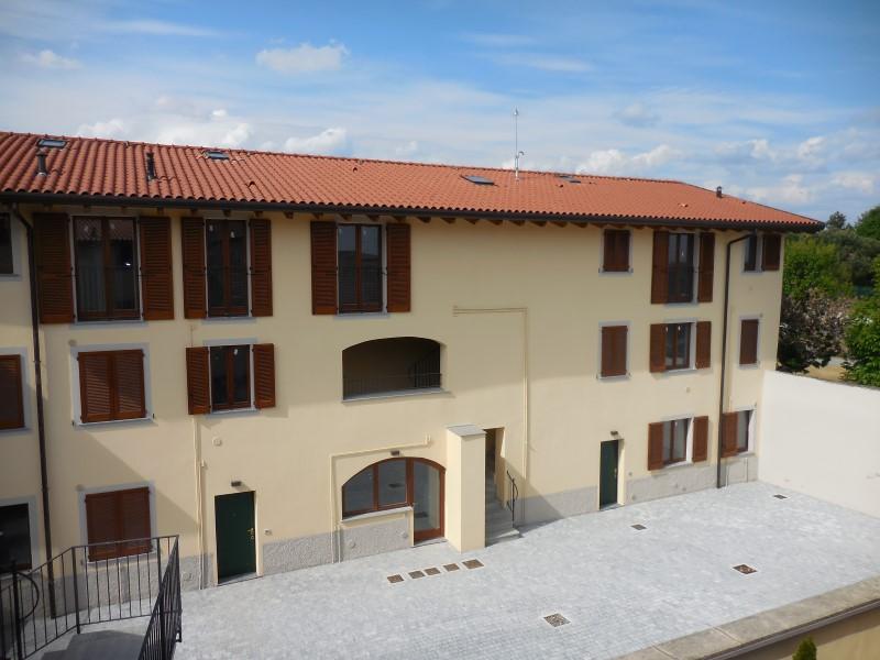 Bilocale Medolago Piazza Marcoli 2