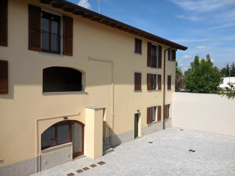 Bilocale Medolago Piazza Marcoli 1